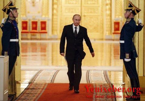 """""""BREJNEV KONSTİTUSİYASI""""NI XATIRLADAN """"PUTİN KONSTİTUSİYASI"""":gənc rusiyalılar yeni dəyişiklikləri"""