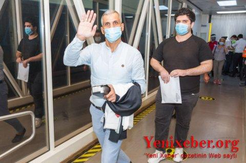 186 nəfər Dubaydan Azərbaycana gətirildi