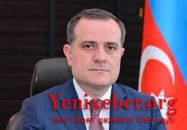 Azərbaycan diplomatiyası kəkələməkdən qurtuldu -