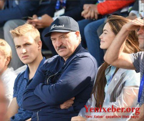 Lukaşenko oğlunun prezident olmasını istəmir: