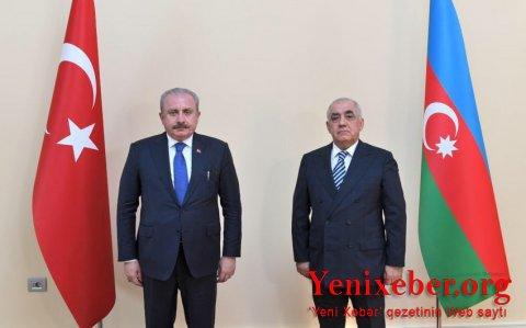 Əli Əsədov Türkiyə parlamentinin sədri ilə görüşüb-