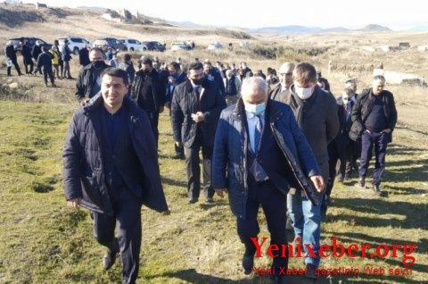 Diplomatlar Füzulidə erməni vəhşiliyinin şahidi oldu -