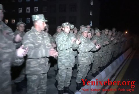 Əlahiddə Ümumqoşun Ordunun hərbçiləri  -