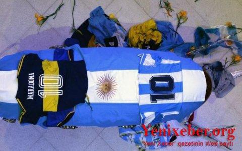 Maradona dəfn edildi-