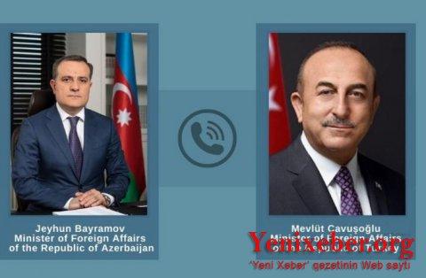 Mövlud Çavuşoğlu Ceyhun Bayramovla telefonla danışıb