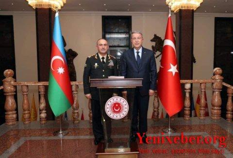 General Kərəm Mustafayev Hulusi Akarla görüşdü -