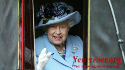 Kraliça koronavirusa qarşı peyvənd olundu