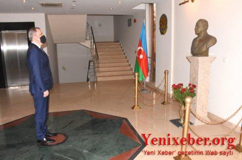 Ceyhun Bayramov İslamabadda səfirliyimizi ziyarət etdi -