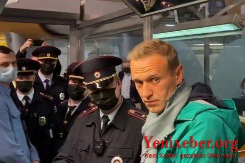 """Navalnı """"Şeremetyevo""""da saxlanıldı -"""