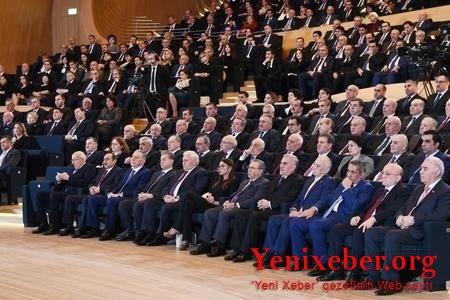 YAP ŞOK QƏRARLA QƏFİL QURULTAYA GEDİR!-
