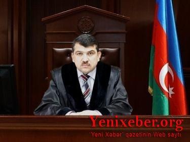 Gəncədə məhkəmə sədri Natiq Əliyev polisə aparılıb –