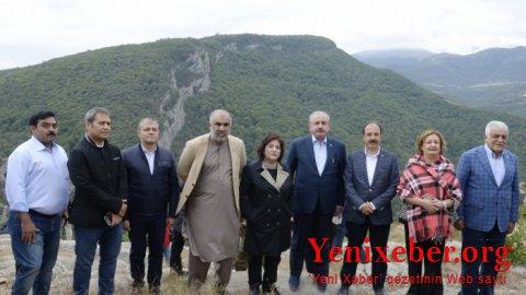 Bu parlament sədrləri Şuşa məscidində namaz qılıblar-