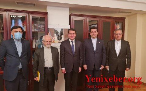 Hikmət Hacıyev İranın xarici işlər nazirinin müavini ilə görüşüb-